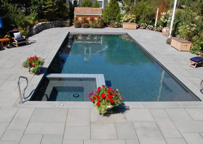 90º Rectangle with Inset Hot Tub